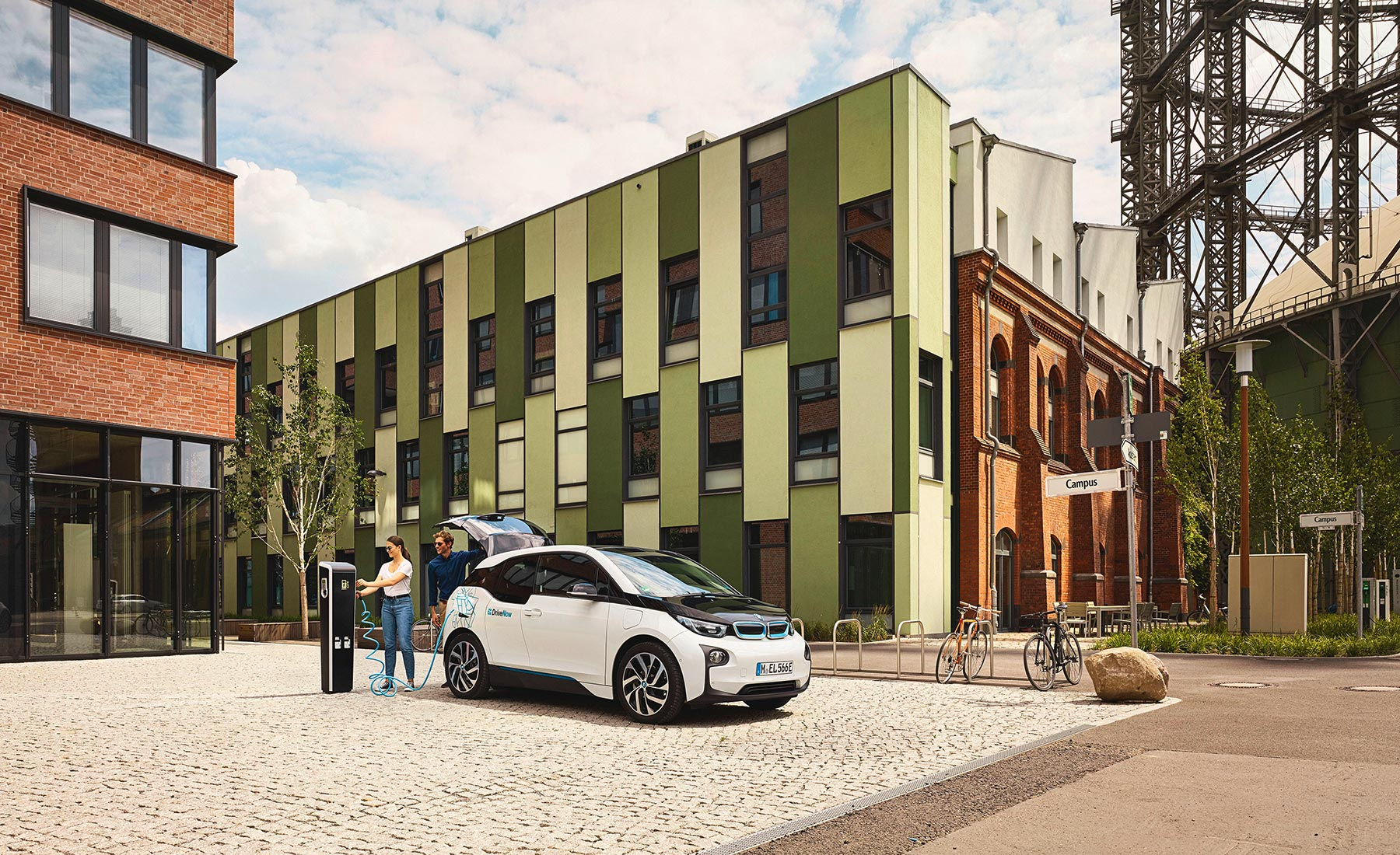 DriveNow_BMW_i3_Business_Beauty06